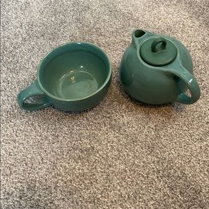 Stackable tea pot and cup